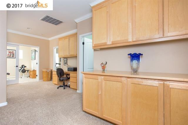 Additional photo for property listing at 2501 Lansdown Court  Brentwood, カリフォルニア 94513 アメリカ合衆国