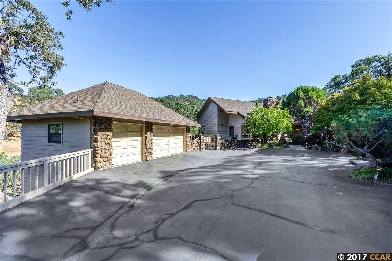 Additional photo for property listing at 2261 Deer Valley Lane 2261 Deer Valley Lane Walnut Creek, Kalifornien 94598 Vereinigte Staaten