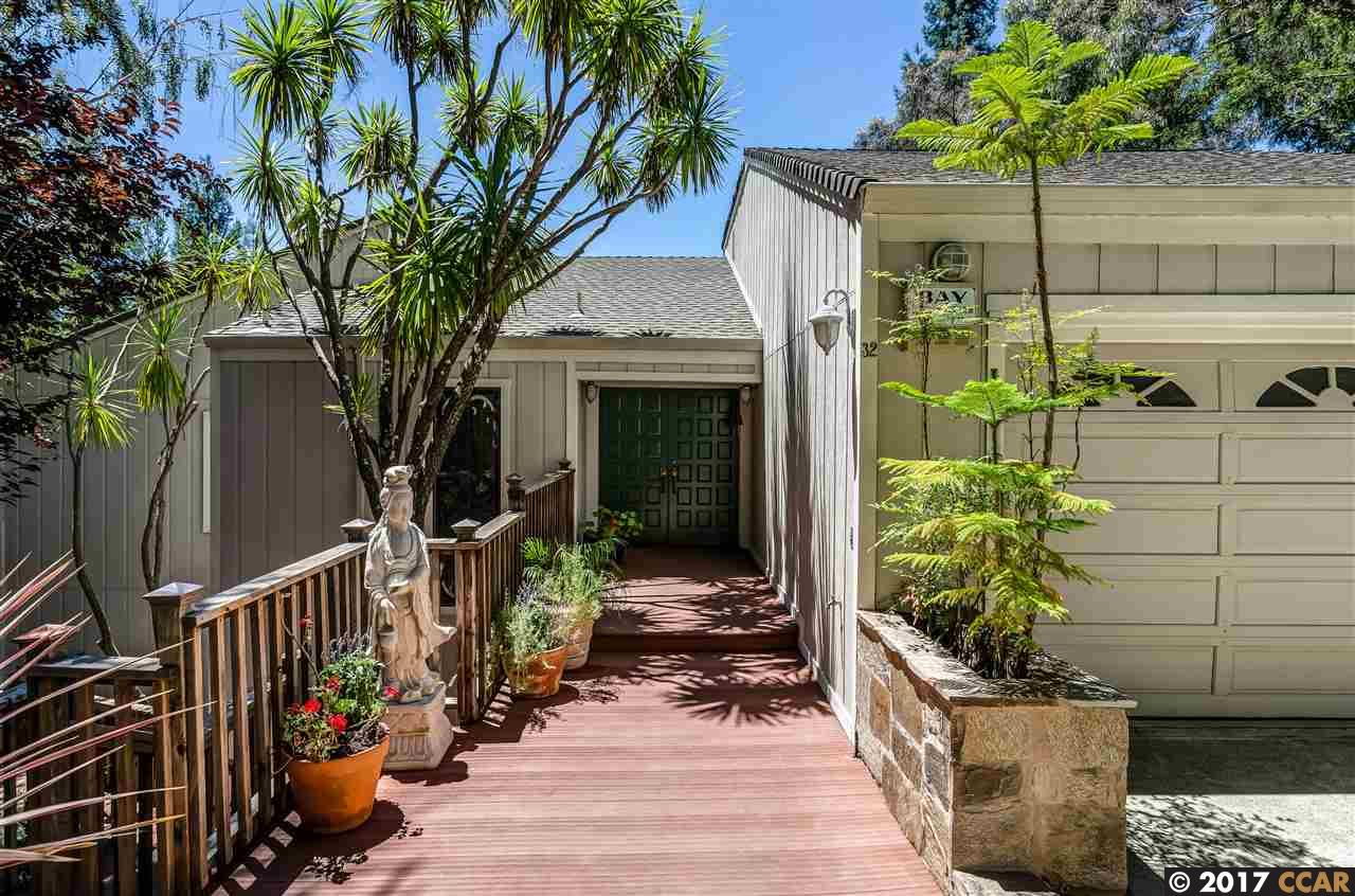 Casa Unifamiliar por un Venta en 32 Heather Lane Orinda, California 94563 Estados Unidos