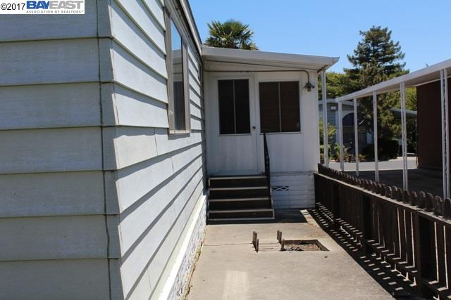 Additional photo for property listing at 27931 Pueblo Calle  Hayward, Californie 94545 États-Unis