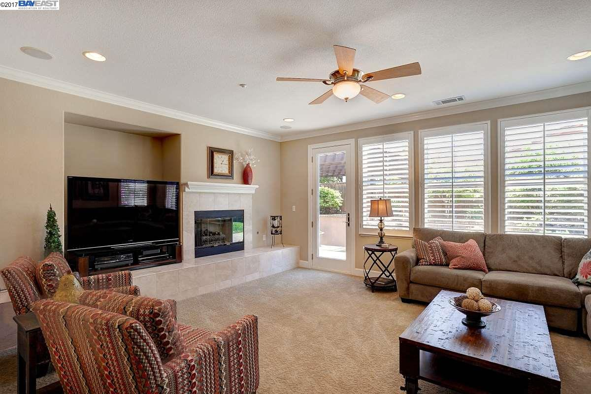 Additional photo for property listing at 2466 Ancona Circle  Livermore, Californie 94550 États-Unis