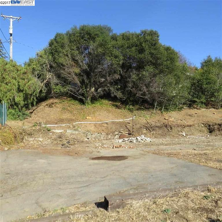 Additional photo for property listing at 2711 Talbot Lane  Castro Valley, California 94546 United States