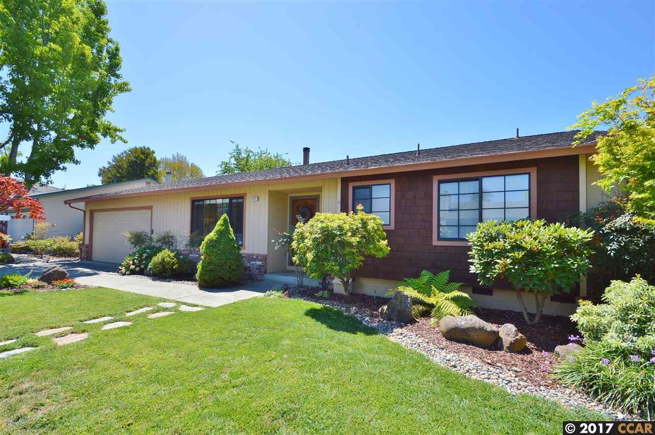 Single Family Home for Sale at 4235 Beverly Place Castro Valley, California 94546 United States