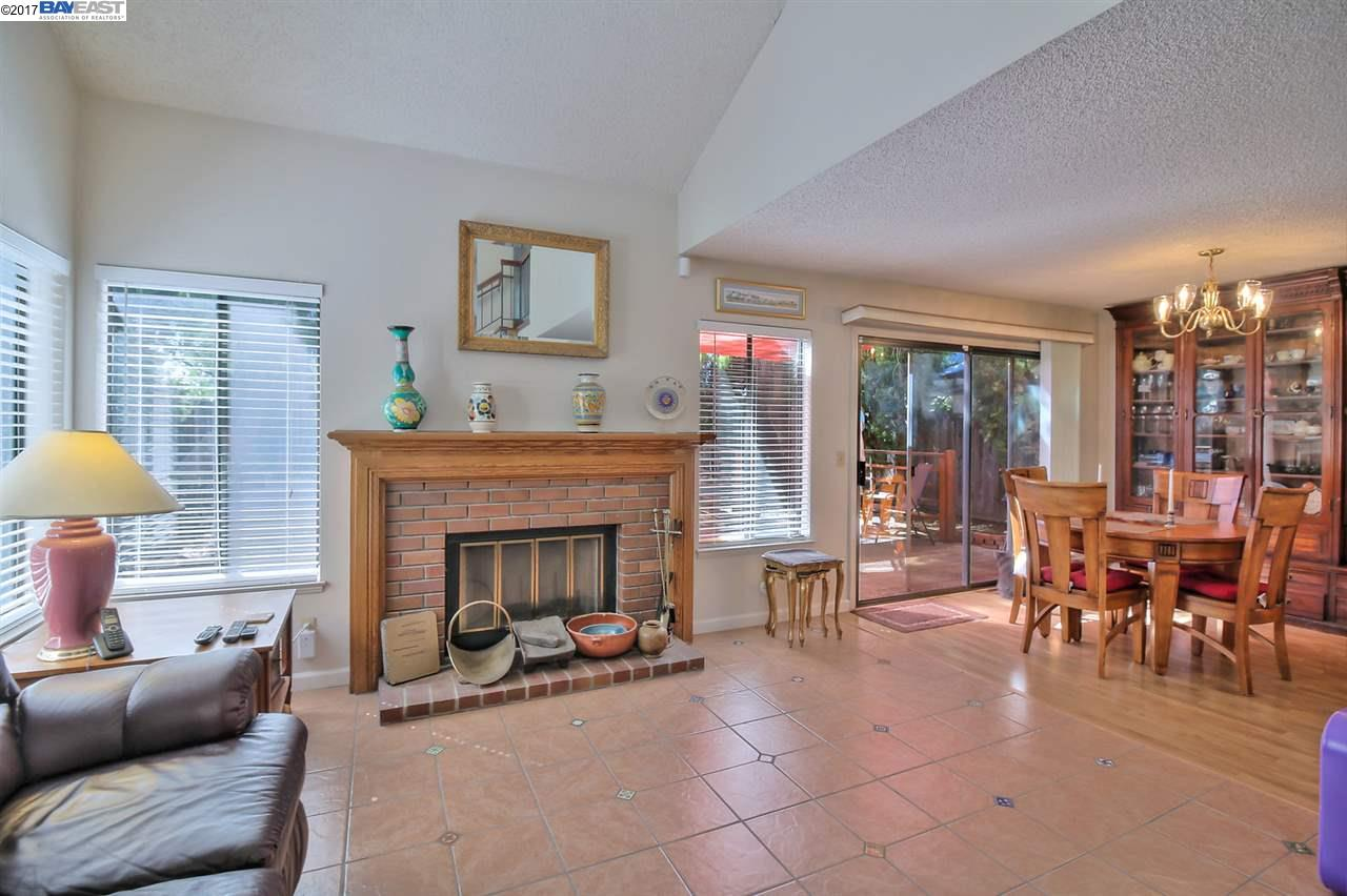 Additional photo for property listing at 3721 Bobwhite Ter  Fremont, Californie 94555 États-Unis