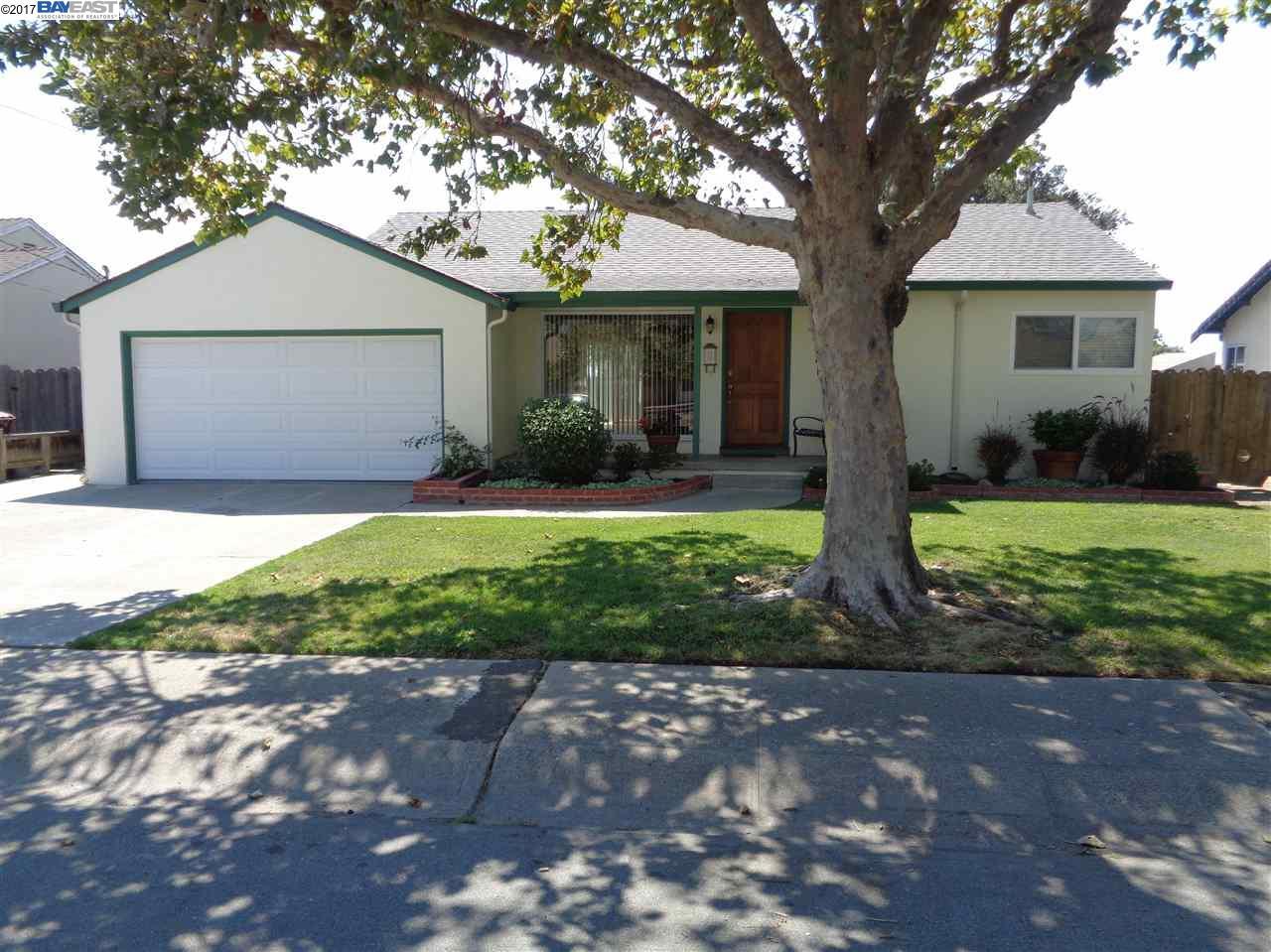 Einfamilienhaus für Verkauf beim 17313 Via Carmen San Lorenzo, Kalifornien 94544 Vereinigte Staaten