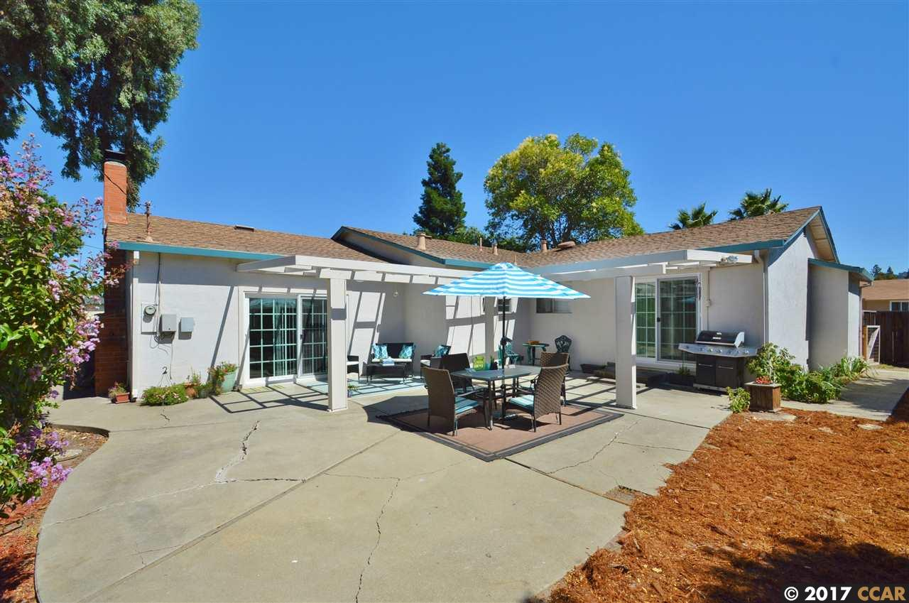 Additional photo for property listing at 1639 Fairwood Drive  Concord, Kalifornien 94521 Vereinigte Staaten