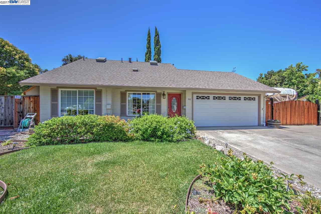 Maison unifamiliale pour l Vente à 306 Turnstone Drive Livermore, Californie 94551 États-Unis