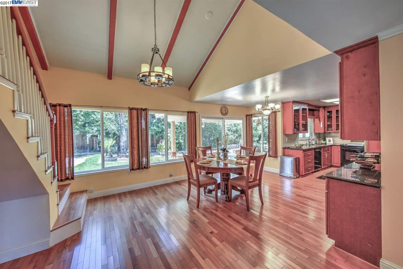 Additional photo for property listing at 306 Turnstone Drive  Livermore, Californie 94551 États-Unis