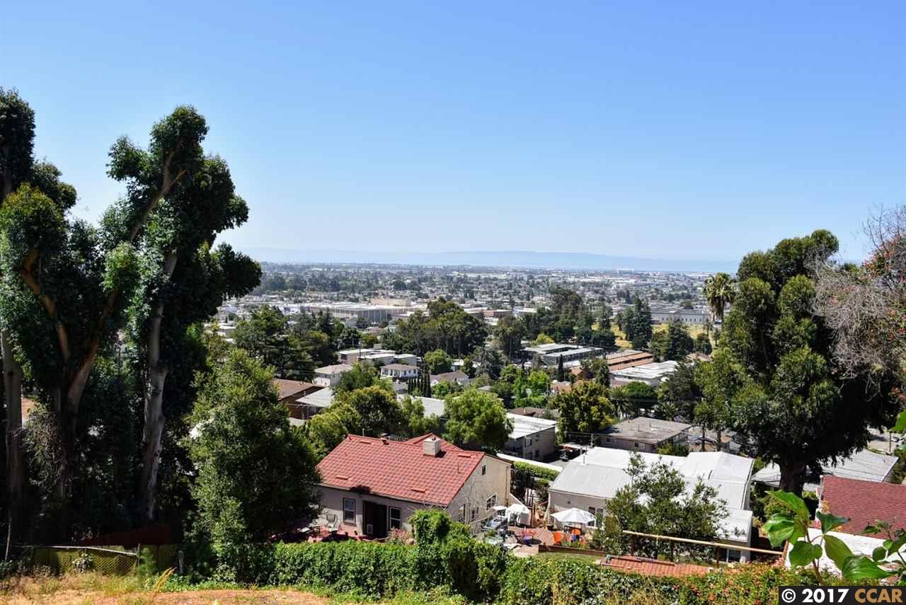 Additional photo for property listing at 6501 Buena Ventura Avenue  Oakland, Californie 94605 États-Unis
