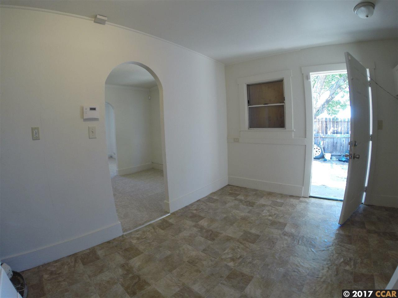 Additional photo for property listing at 15 Rossi Avenue  Antioch, Californie 94509 États-Unis