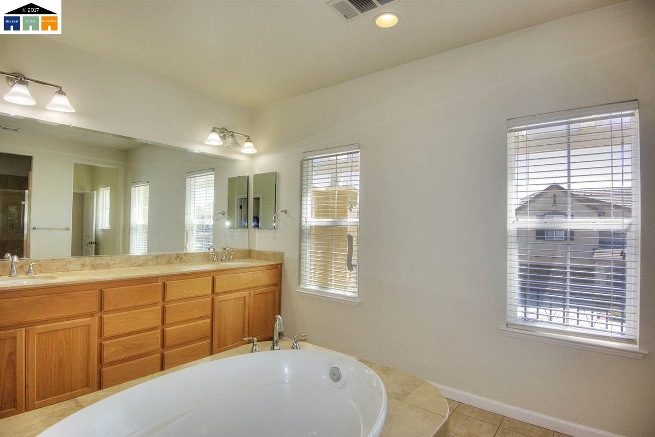 Additional photo for property listing at 2135 Arlington Way  San Ramon, カリフォルニア 94582 アメリカ合衆国