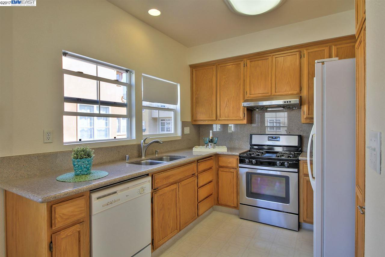 Additional photo for property listing at 3413 Gilman Cmn  Fremont, Kalifornien 94538 Vereinigte Staaten