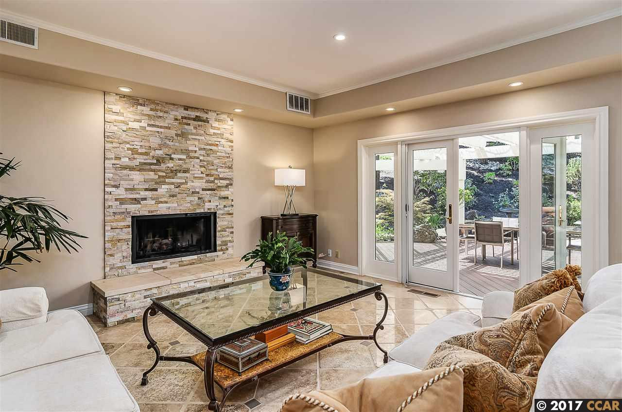 Additional photo for property listing at 65 Wild Oak Place 65 Wild Oak Place Danville, California 94506 United States