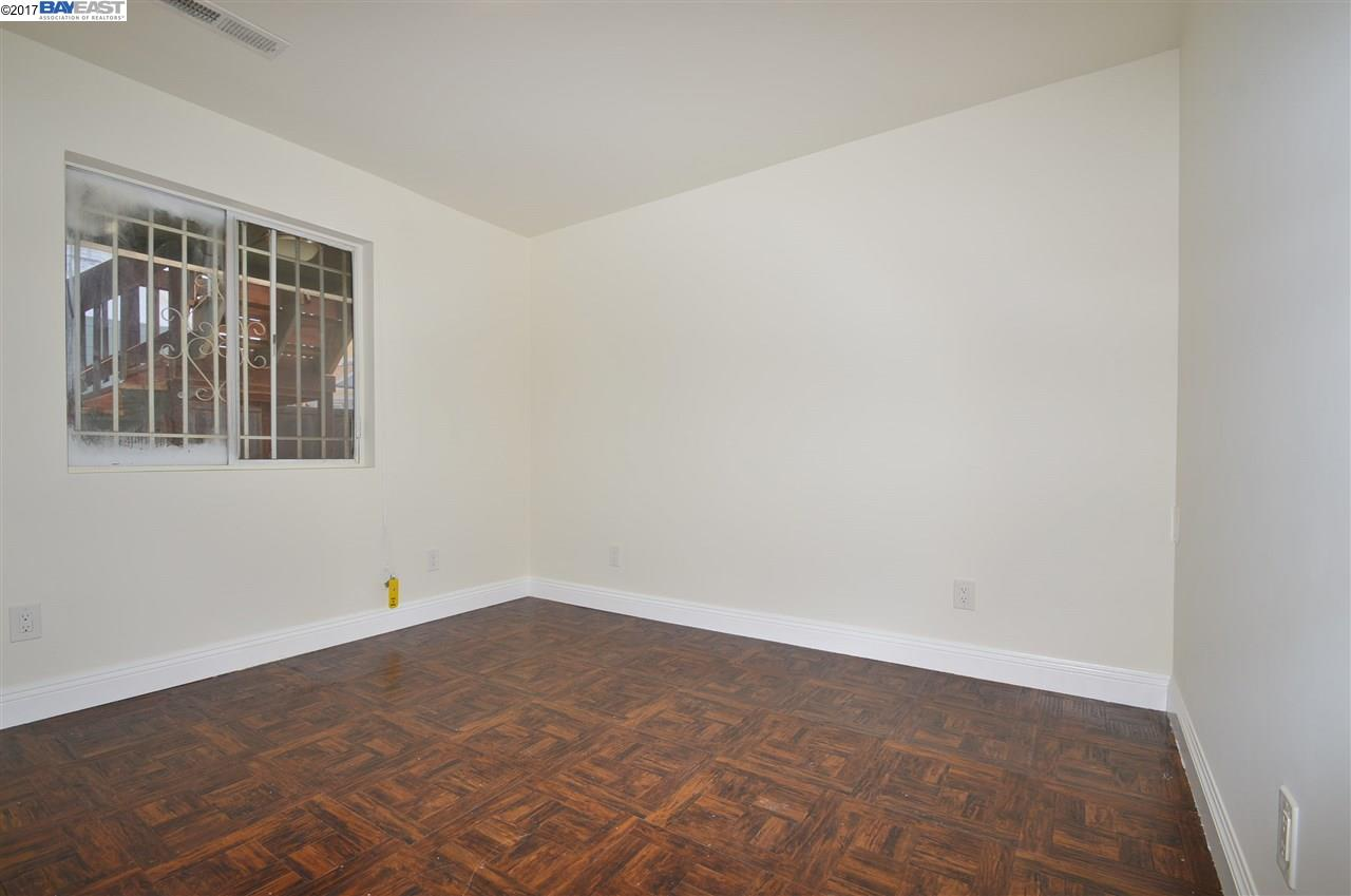 Additional photo for property listing at 1217 30Th Street  Oakland, California 94608 United States