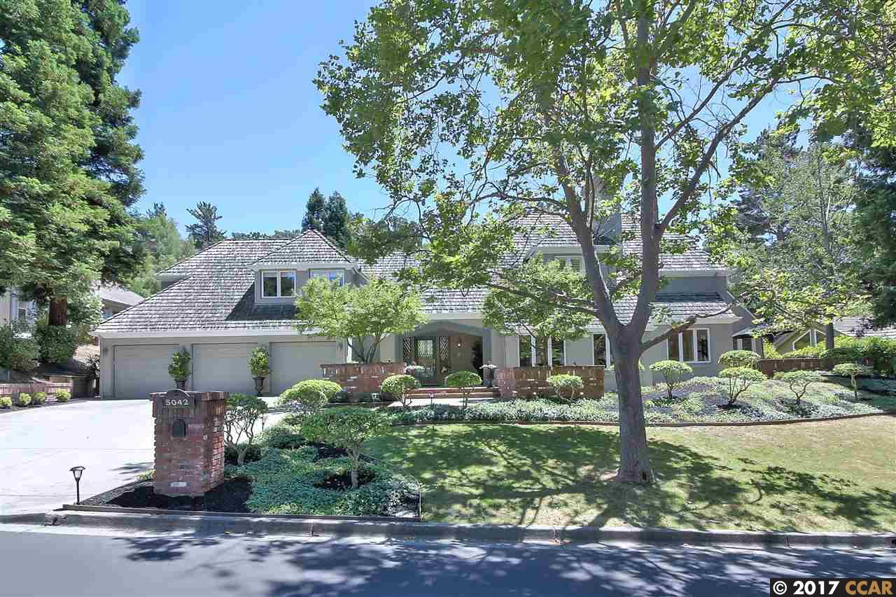 Single Family Home for Sale at 5042 Blackhawk Drive Danville, California 94506 United States