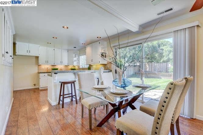 Additional photo for property listing at 8536 Beverly Lane  Dublin, California 94568 United States