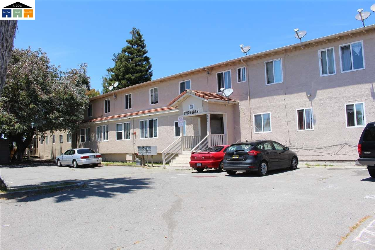 Casa Multifamiliar por un Venta en 2520 Ohio Avenue 2520 Ohio Avenue Richmond, California 94804 Estados Unidos