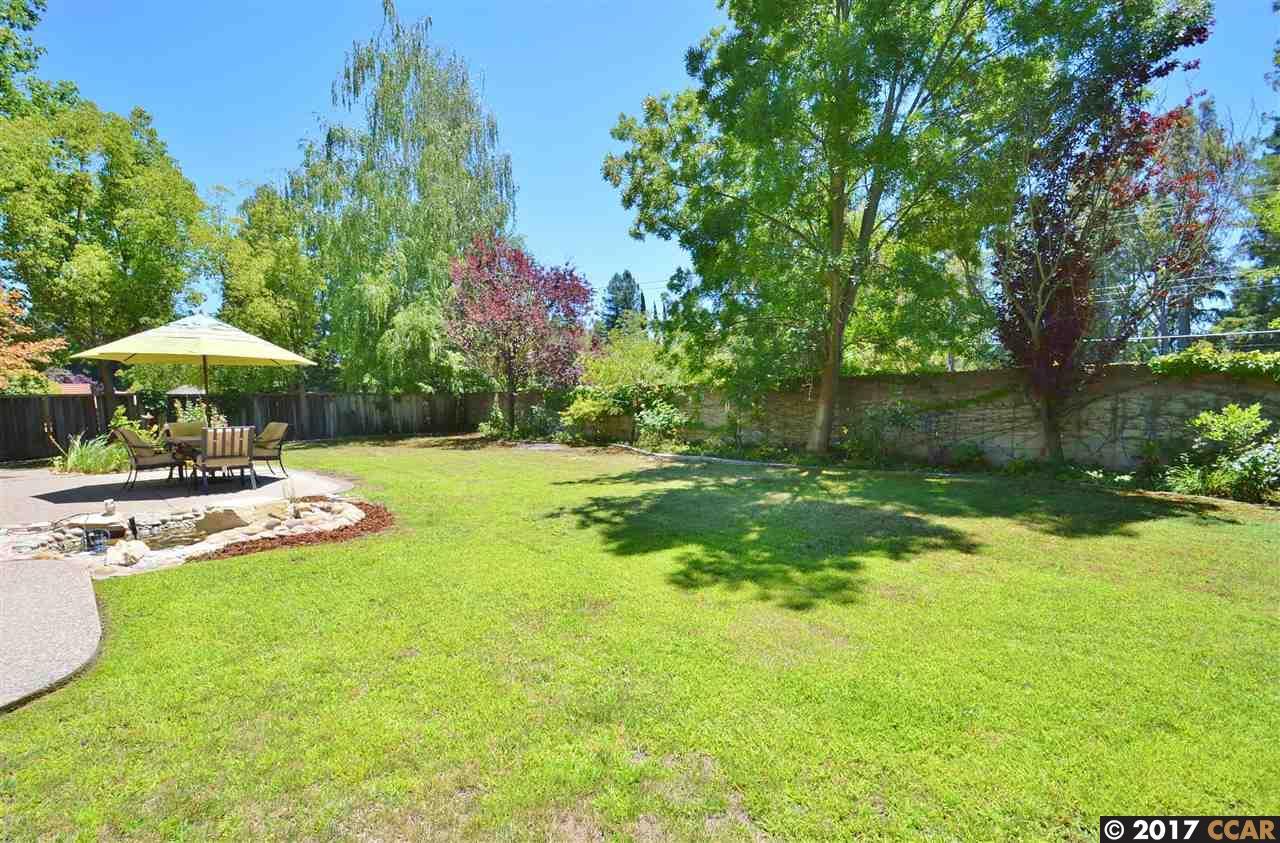 Additional photo for property listing at 10 Stirling Drive  Danville, Californie 94526 États-Unis