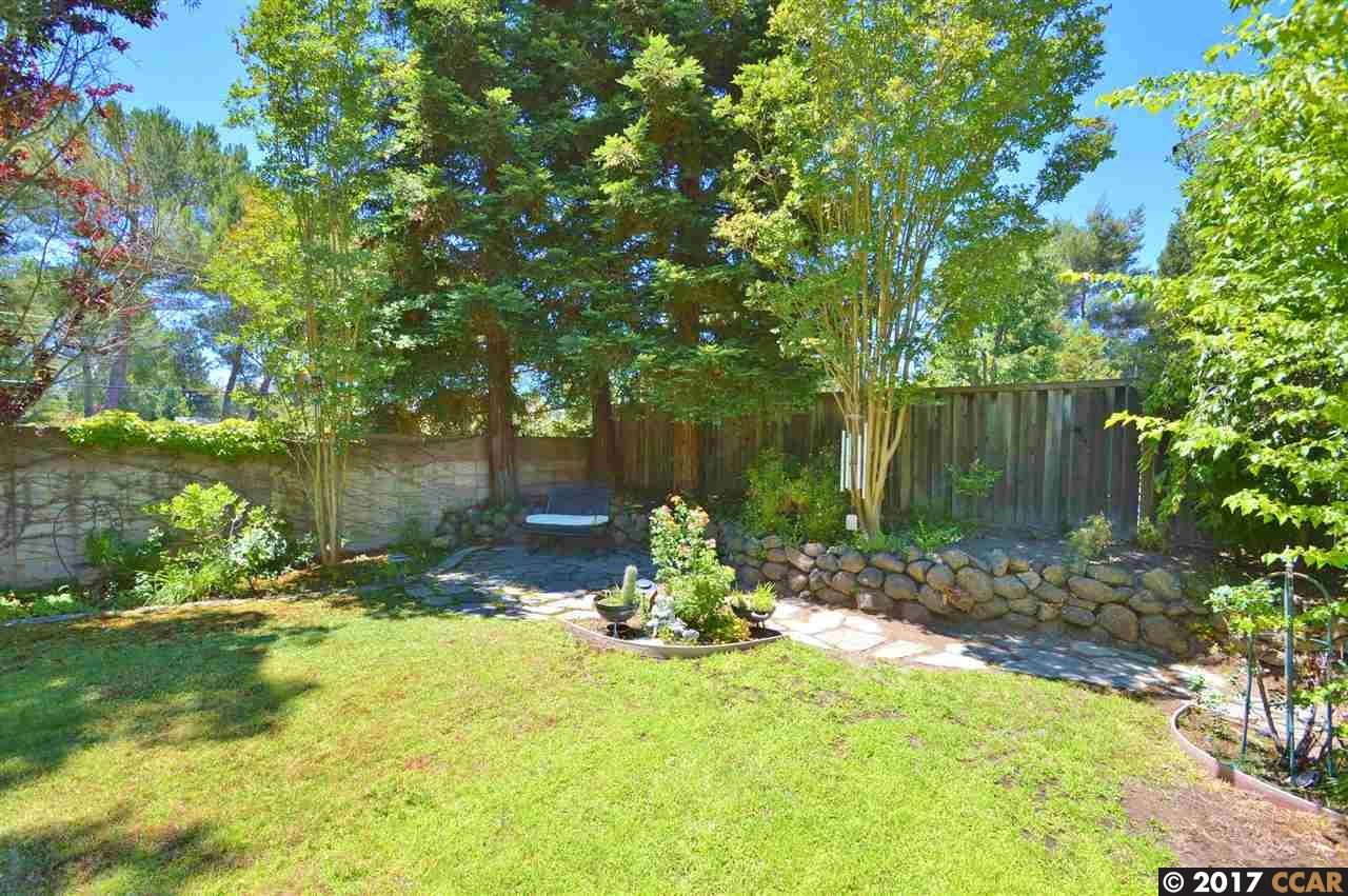 Additional photo for property listing at 10 Stirling Drive  Danville, California 94526 United States
