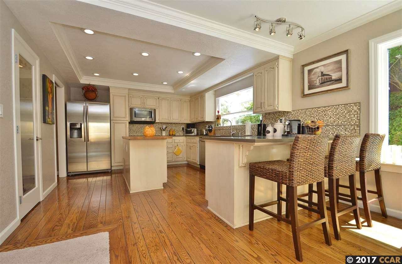 Additional photo for property listing at 144 Oakridge Drive  Danville, カリフォルニア 94506 アメリカ合衆国