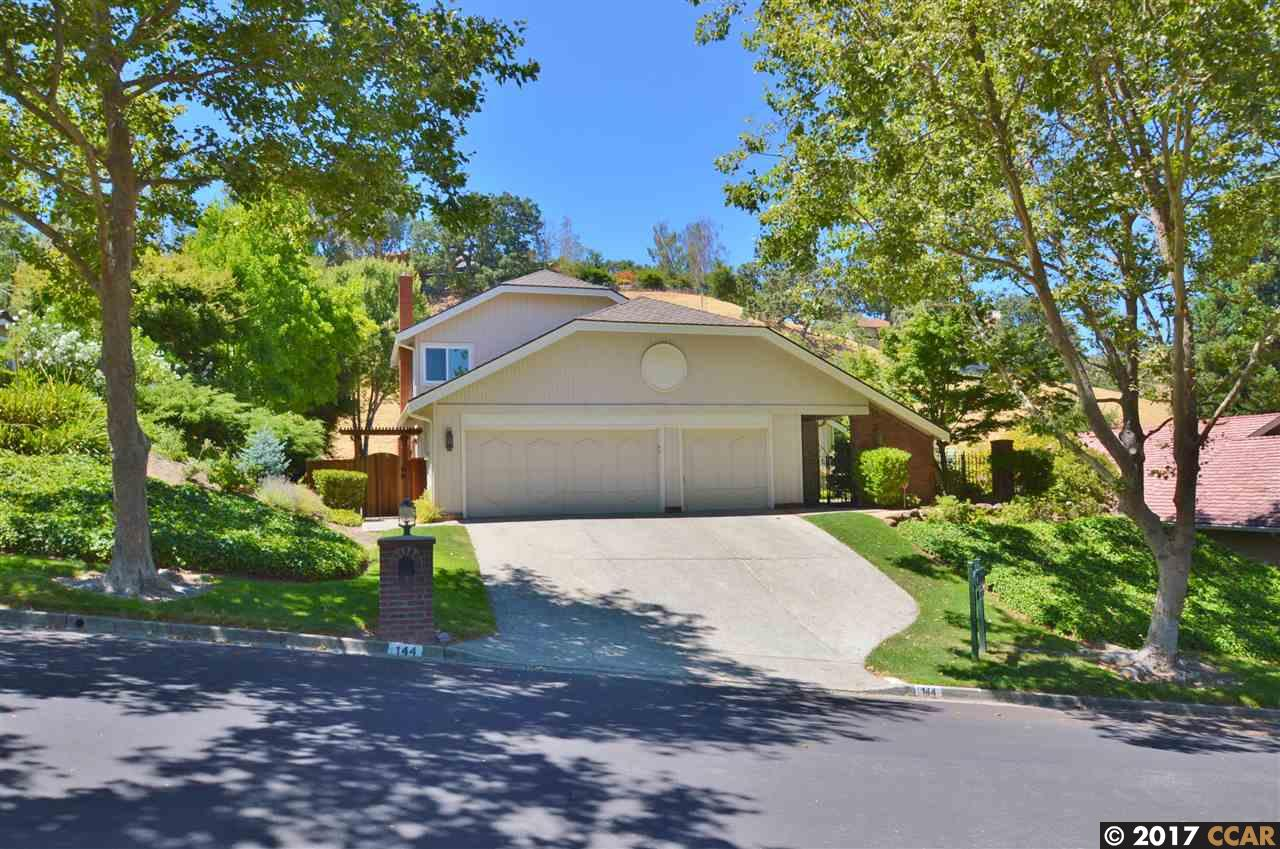 Additional photo for property listing at 144 Oakridge Drive  Danville, California 94506 United States