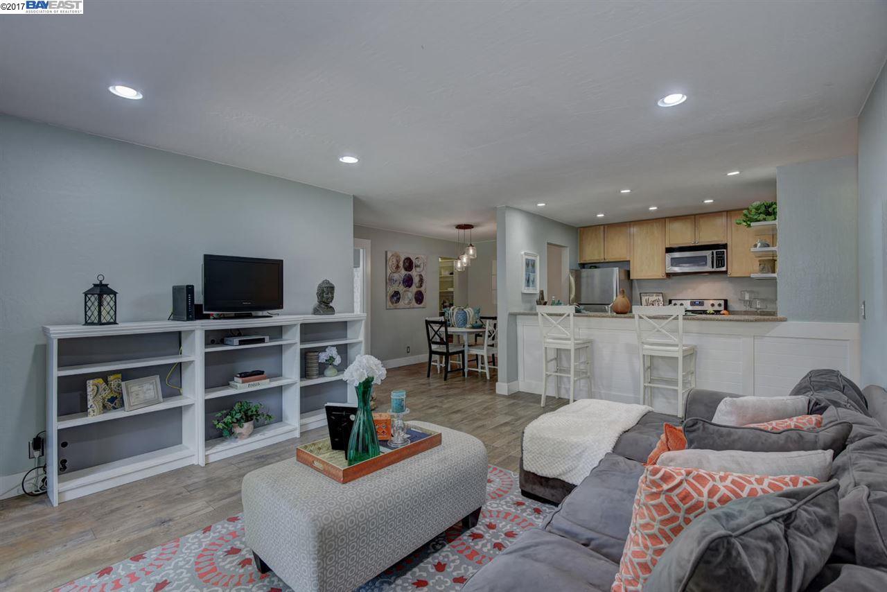 Eigentumswohnung für Verkauf beim 1085 Murrieta Blvd Livermore, Kalifornien 94550 Vereinigte Staaten