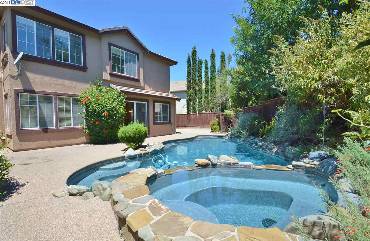 Single Family Home for Sale at 2667 Torrey Court Pleasanton, California 94588 United States