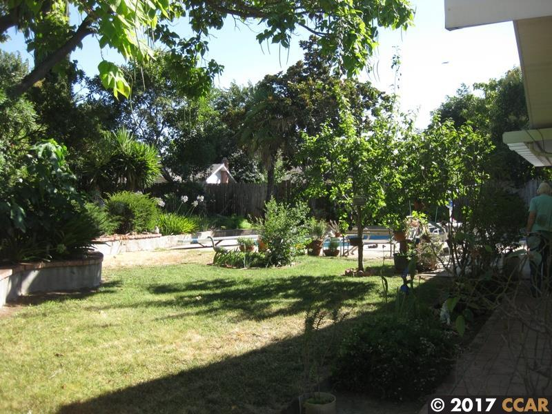 Additional photo for property listing at 23 Rossmoor Court  Pittsburg, カリフォルニア 94565 アメリカ合衆国