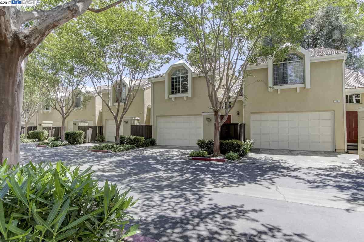 Townhouse for Sale at 26 Sea Crest Ter Fremont, California 94536 United States