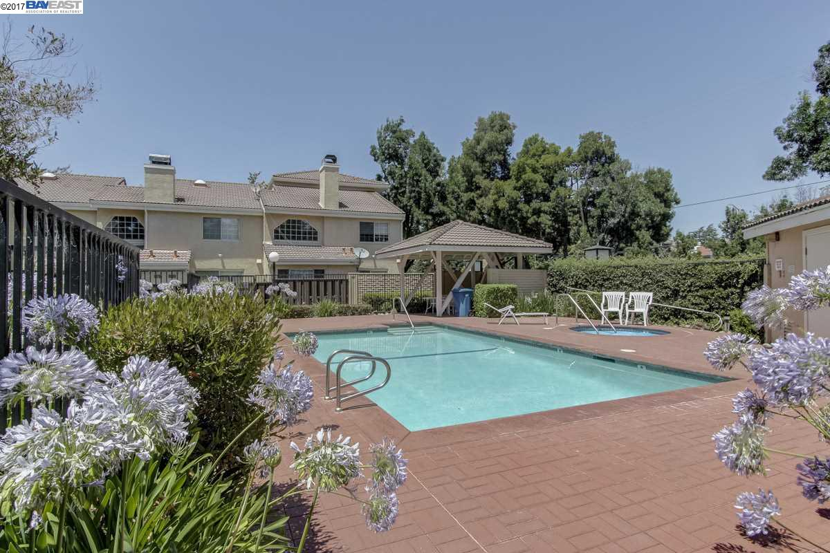 Additional photo for property listing at 26 Sea Crest Ter  Fremont, Kalifornien 94536 Vereinigte Staaten
