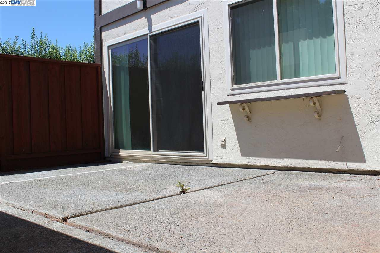 Additional photo for property listing at 2264 Belvedere  San Leandro, California 94577 United States
