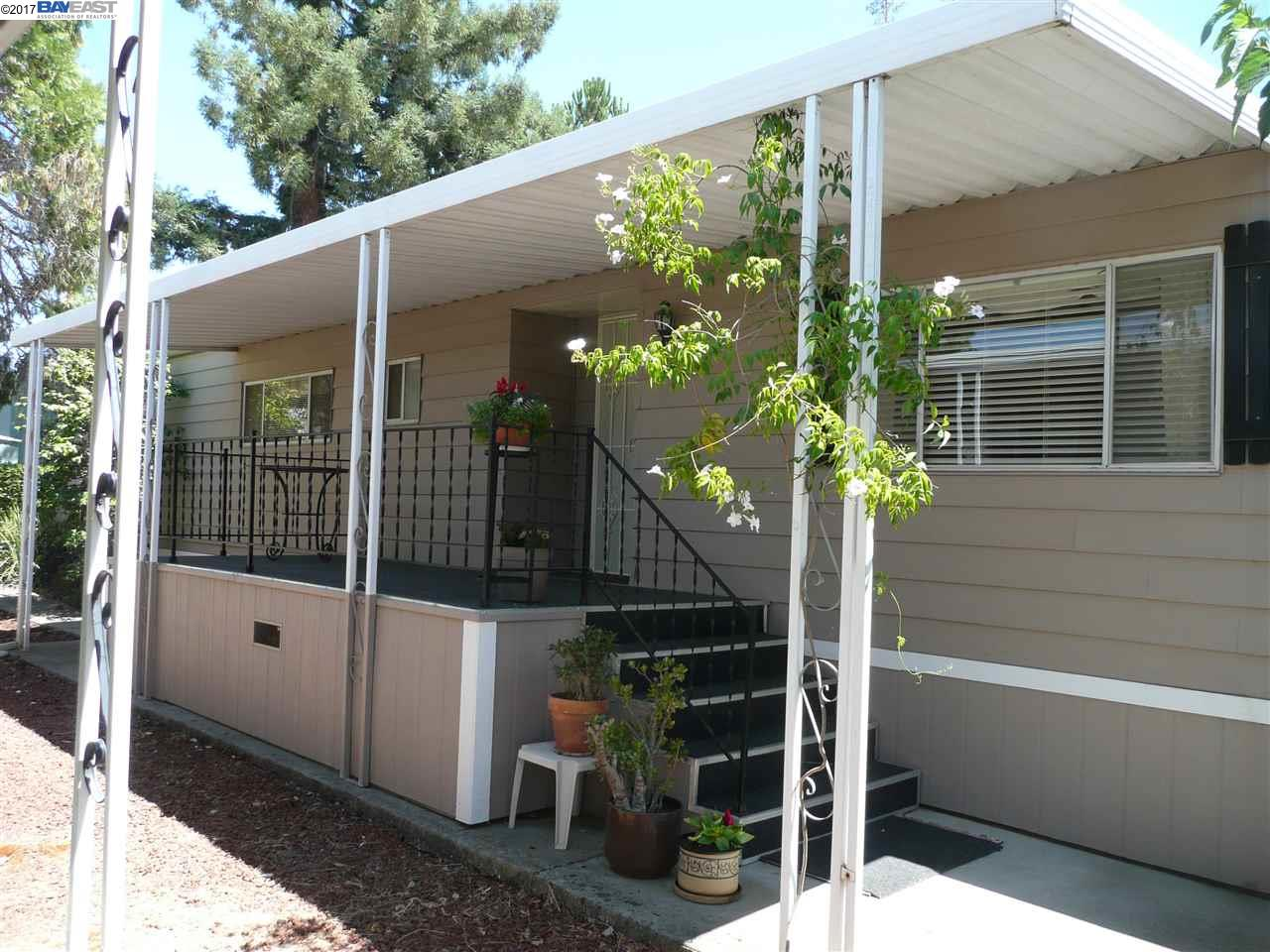 Additional photo for property listing at 3231 Vineyard Ave., #123  Pleasanton, California 94566 United States