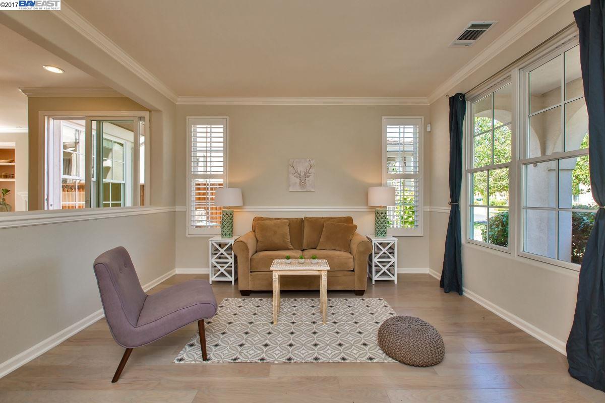 Additional photo for property listing at 3 Dolphin Court  Alameda, Калифорния 94501 Соединенные Штаты