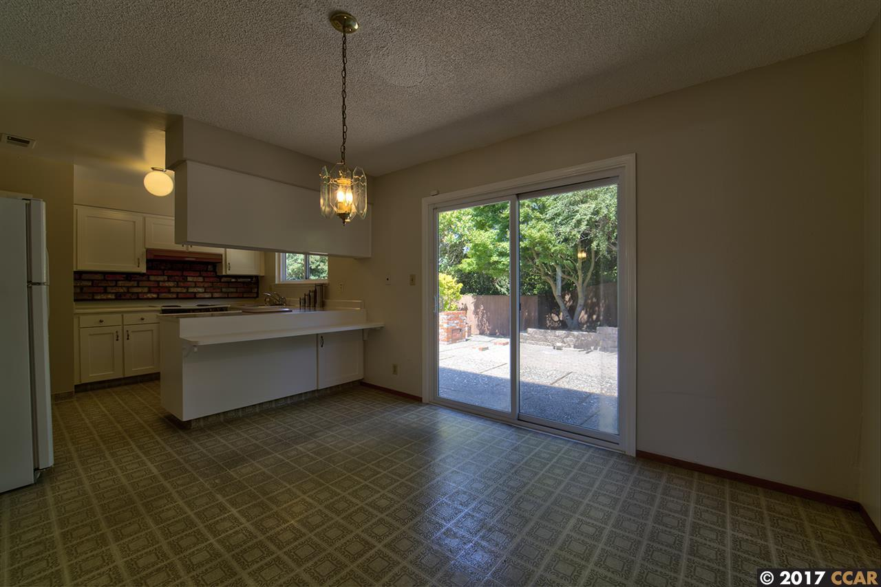 Additional photo for property listing at 219 Alfred  Pinole, California 94564 Estados Unidos