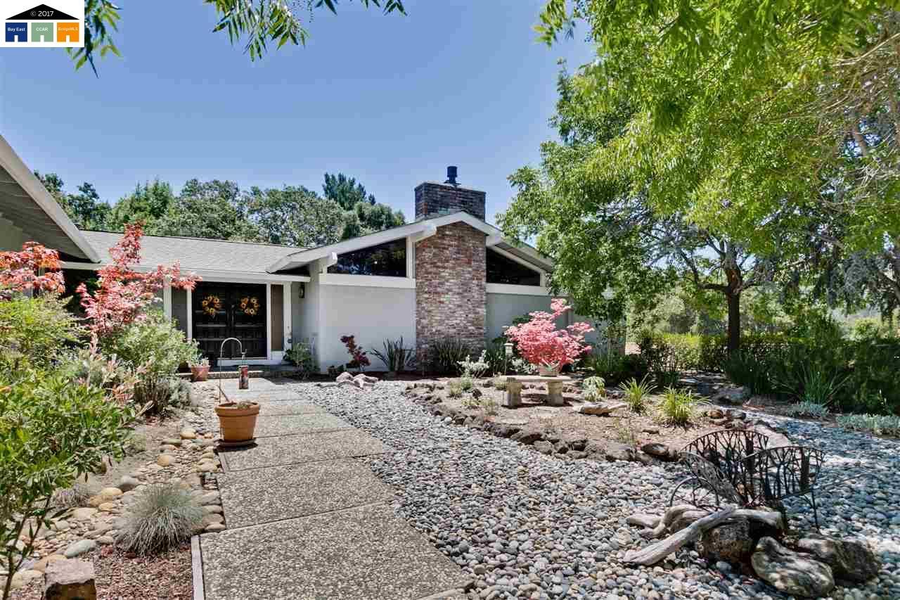 1820 Joseph Drive, MORAGA, CA 94556
