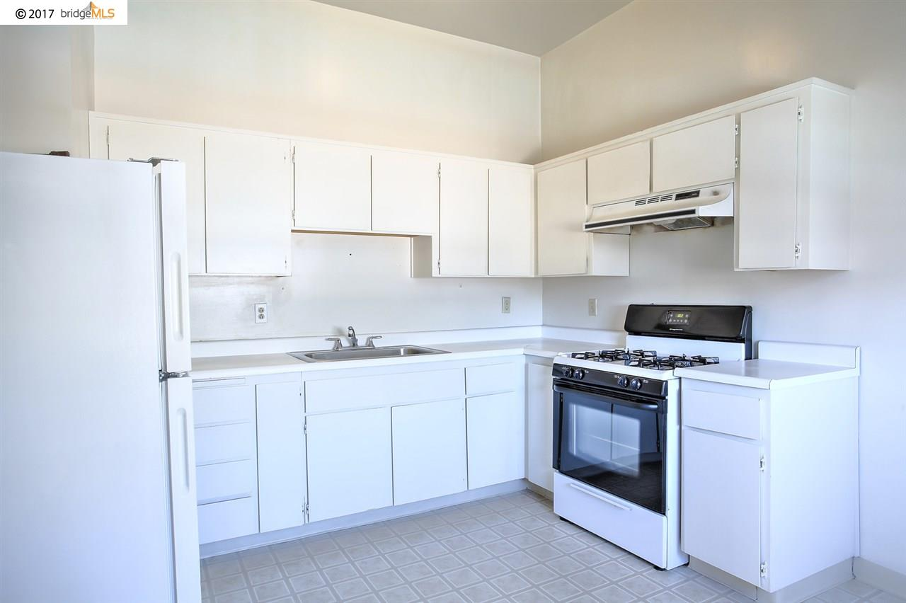 Additional photo for property listing at 1130 Adeline Street  Oakland, California 94607 United States