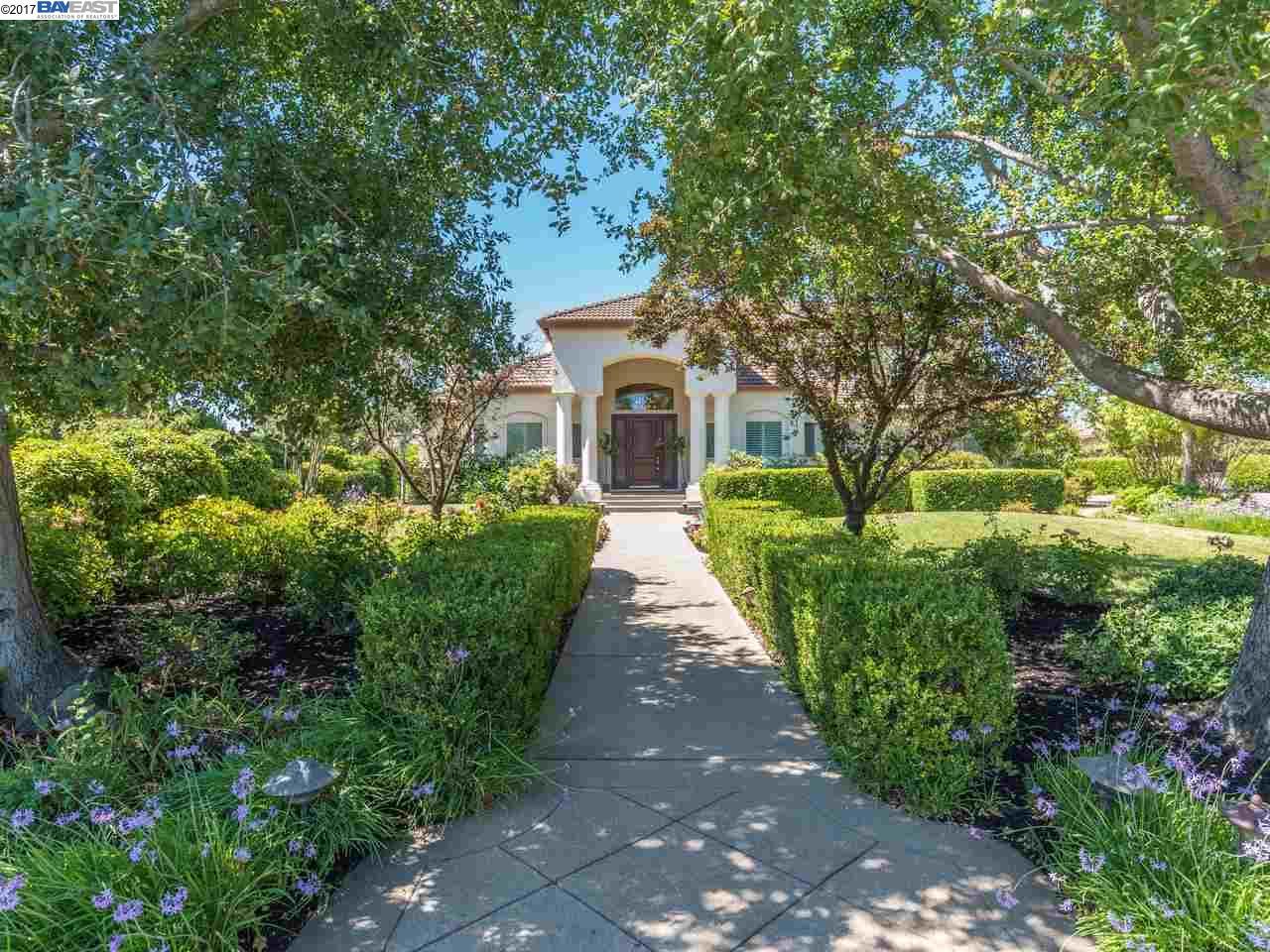 Single Family Home for Sale at 553 Santel Court Pleasanton, California 94566 United States
