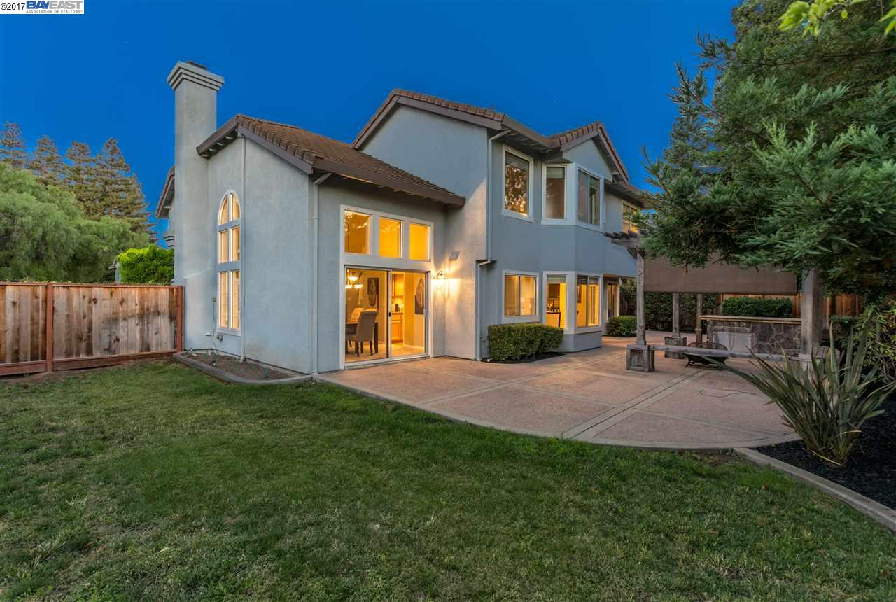 Additional photo for property listing at 958 Turino Street  Livermore, Калифорния 94551 Соединенные Штаты