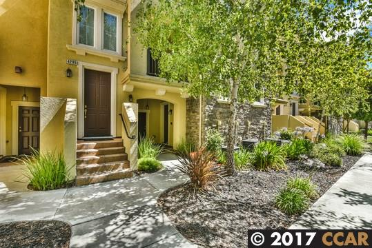 Townhouse for Sale at 4293 Fitzwilliam Street Dublin, California 94568 United States