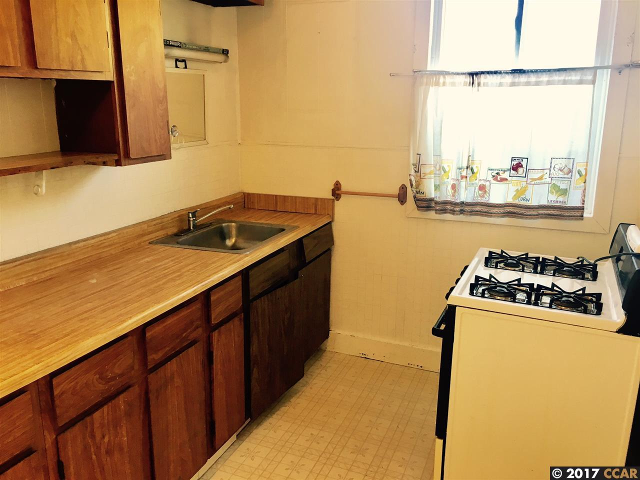 Additional photo for property listing at 532 Arlington Street 532 Arlington Street San Francisco, California 94131 Estados Unidos