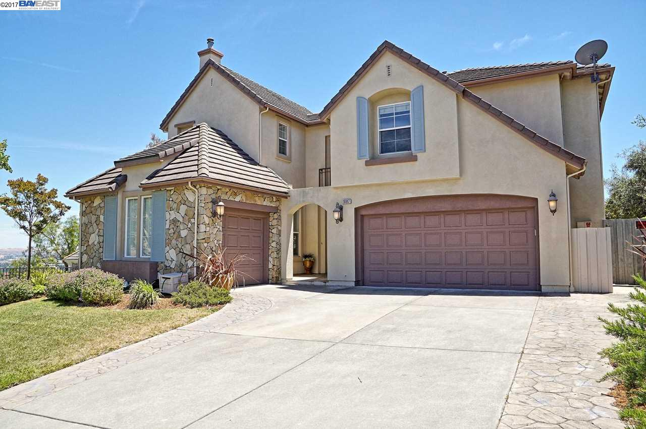 Single Family Home for Sale at 10887 Inspiration Circle Dublin, California 94568 United States