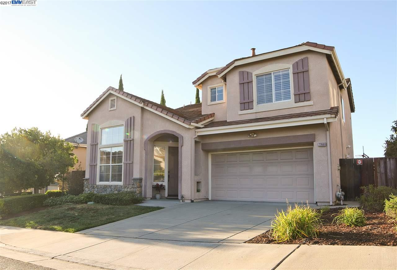 Additional photo for property listing at 22600 Canyon Ridge Place  Castro Valley, California 94552 United States