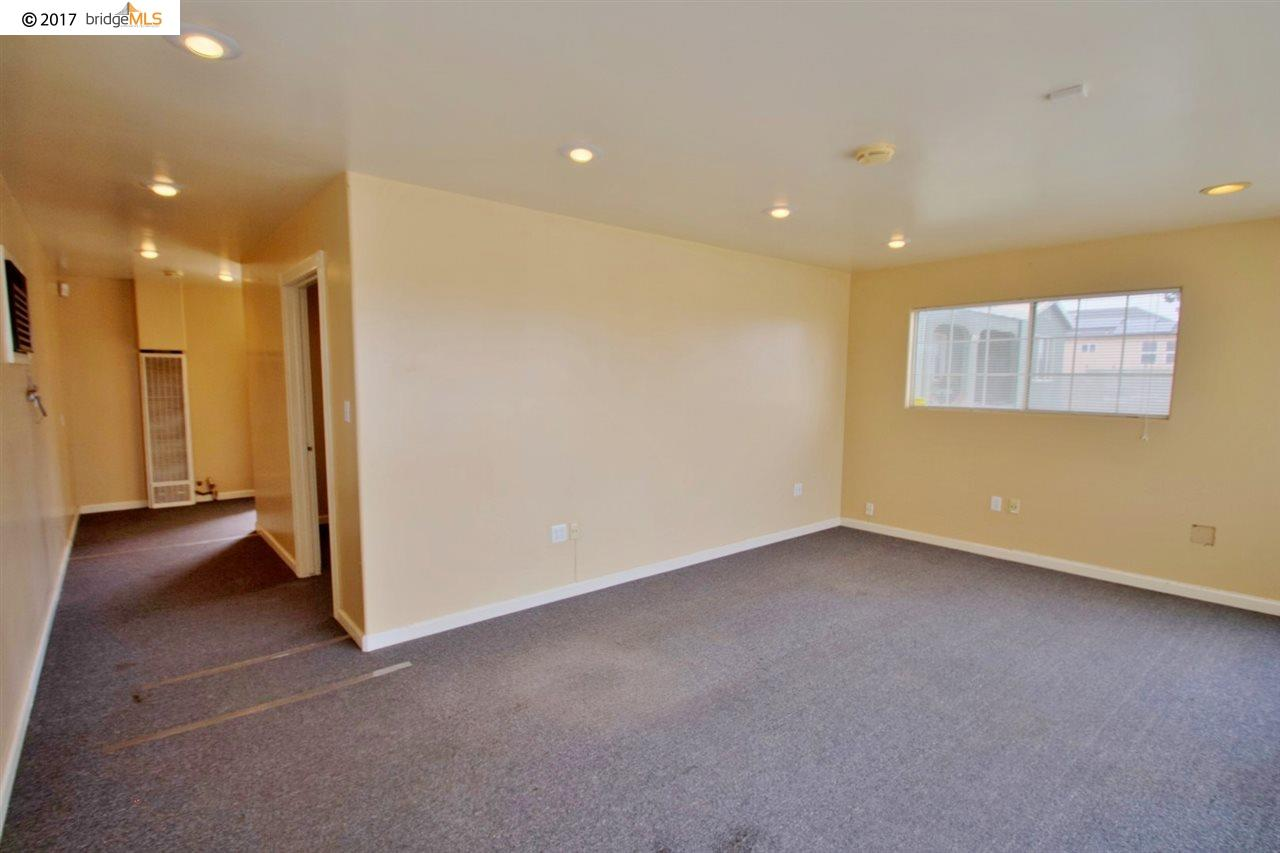 Additional photo for property listing at 3410 E 18th Street  Antioch, カリフォルニア 94509 アメリカ合衆国