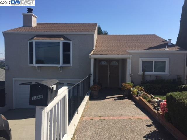 Casa Unifamiliar por un Venta en 2868 CHRONICLE AVENUE Hayward, California 94542 Estados Unidos