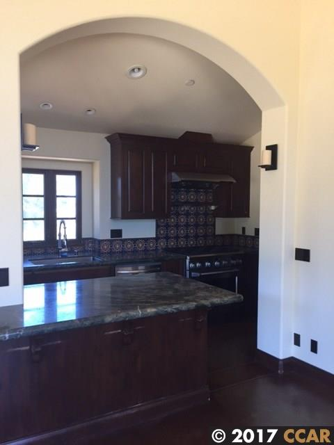 Additional photo for property listing at 30 Quail Crossing 30 Quail Crossing Moraga, California 94556 United States