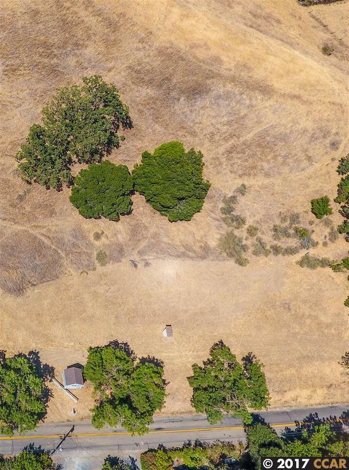 Additional photo for property listing at 5450 Alhambra Valley Road 5450 Alhambra Valley Road Martinez, California 94553 United States