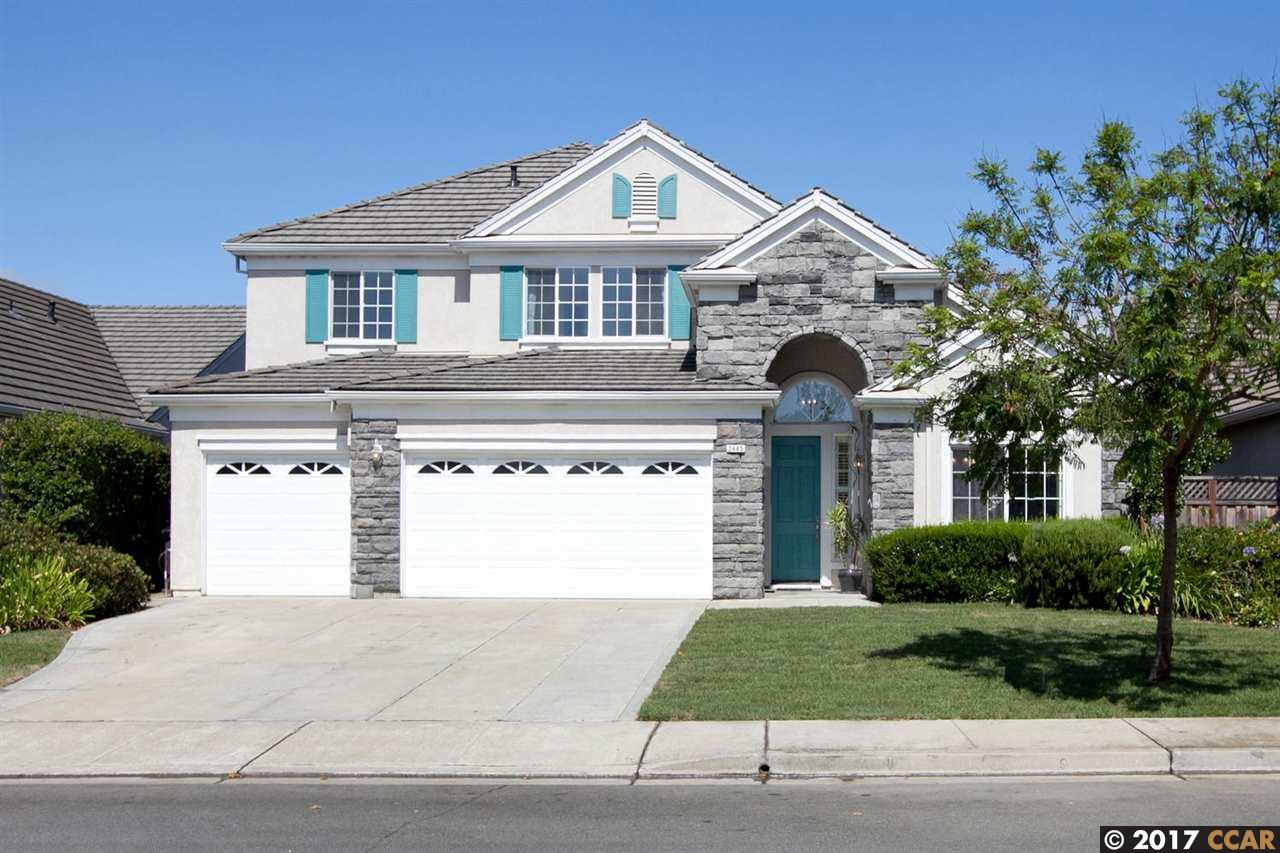واحد منزل الأسرة للـ Sale في 2445 Heritage Way Union City, California 94587 United States