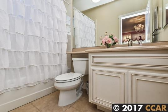 Additional photo for property listing at 2228 French Street  Livermore, Californie 94550 États-Unis