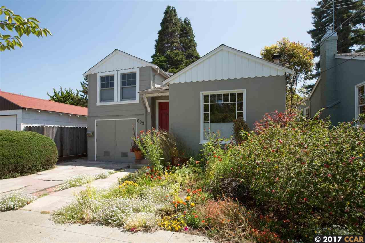 Single Family Home for Sale at 609 Talbot Avenue Albany, California 94706 United States