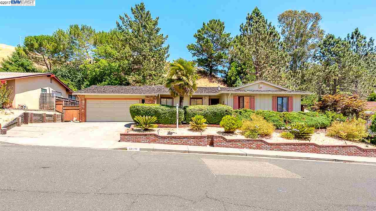 2820 Doidge Ave, PINOLE, CA 94564